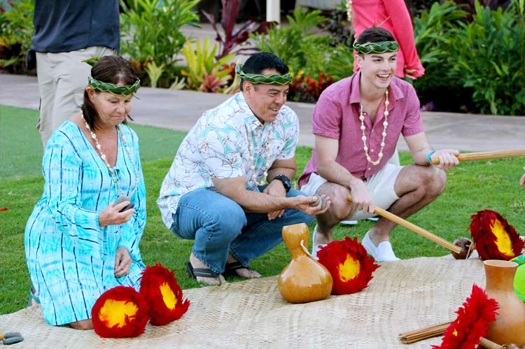 Learn the Hawaiian Customs