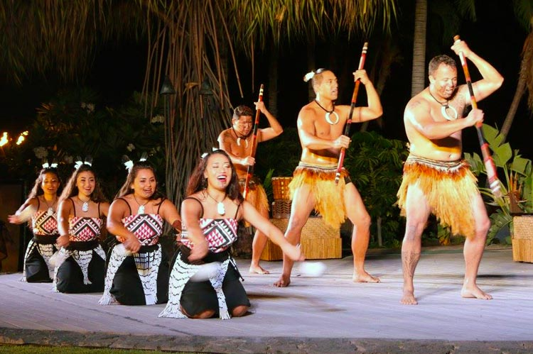 Hawaii Luau Night Show