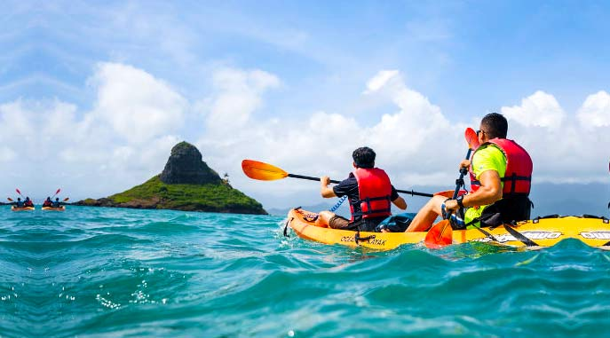 Kayak to the Chinaman's Hat