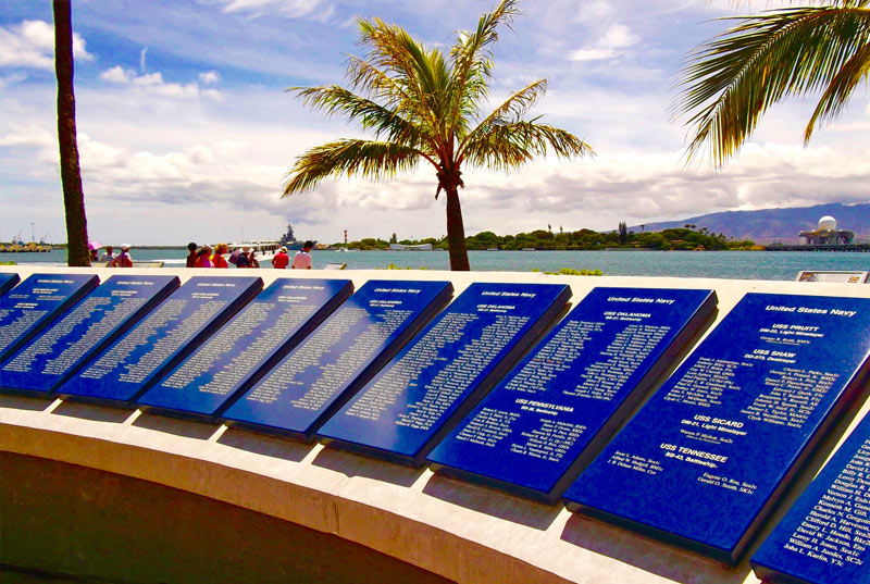 Plaque of Heroes at the Pearl Harbor Visitors Center