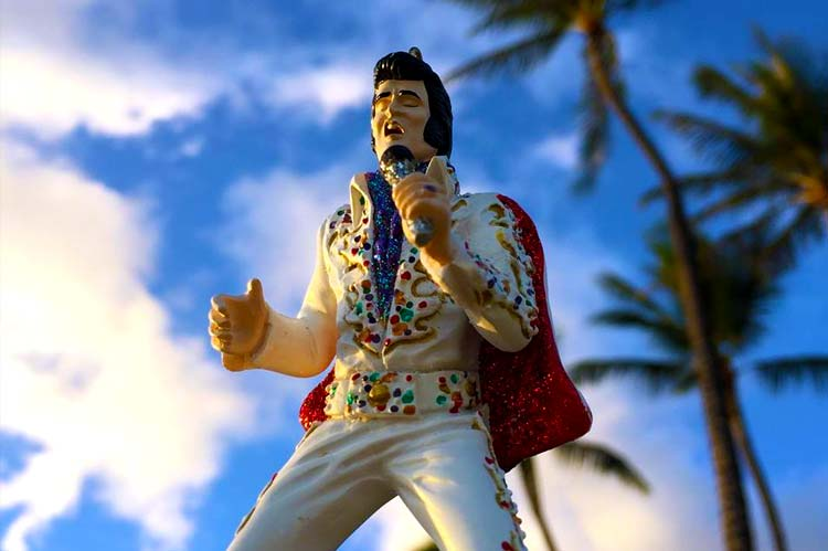 Elvis has landed on Oahu